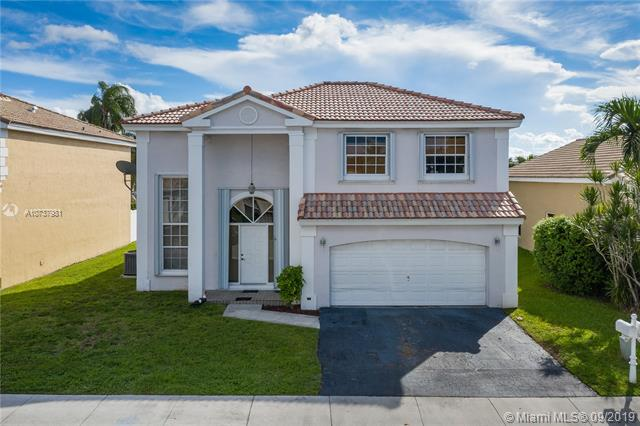 Photo of 14020 Oak Ridge Drive, Davie, FL 33325