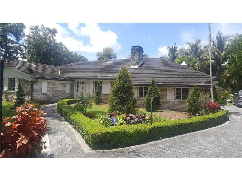 For Sale at  11150   Griffing Blvd Biscayne Park  FL 33161 - Griffing Biscayne Park Es - 3 bedroom 2 bath A10091748_2