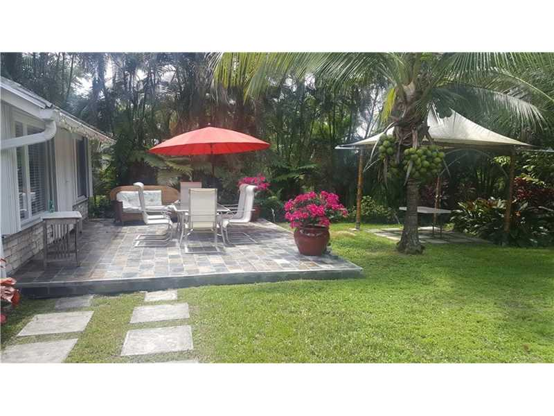For Sale at  11150   Griffing Blvd Biscayne Park  FL 33161 - Griffing Biscayne Park Es - 3 bedroom 2 bath A10091748_4