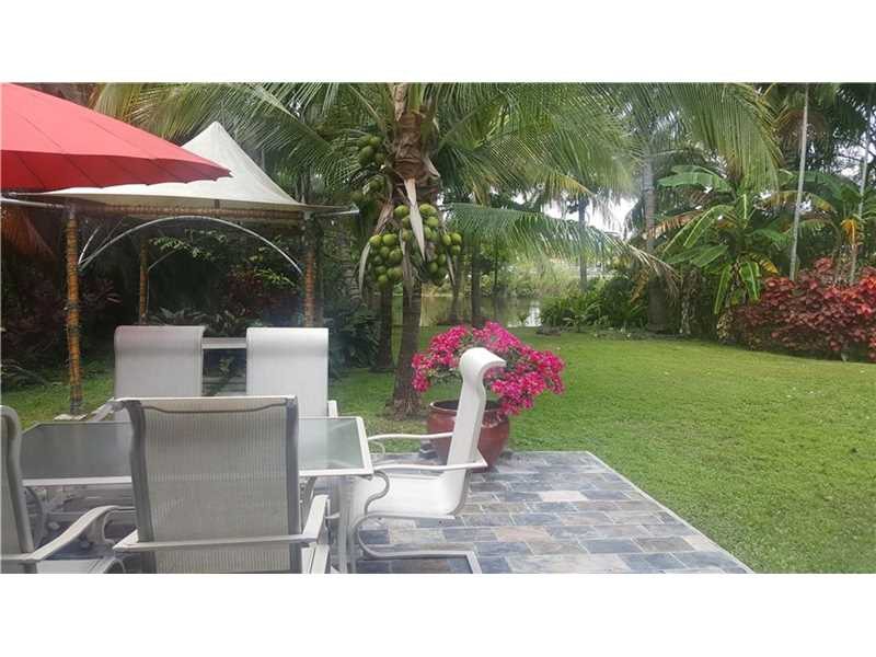 For Sale at  11150   Griffing Blvd Biscayne Park  FL 33161 - Griffing Biscayne Park Es - 3 bedroom 2 bath A10091748_6