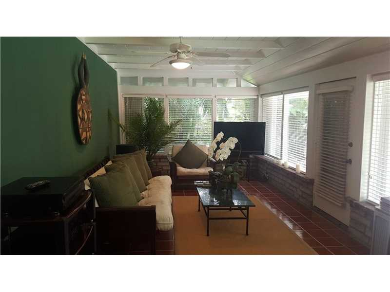 For Sale at  11150   Griffing Blvd Biscayne Park  FL 33161 - Griffing Biscayne Park Es - 3 bedroom 2 bath A10091748_8
