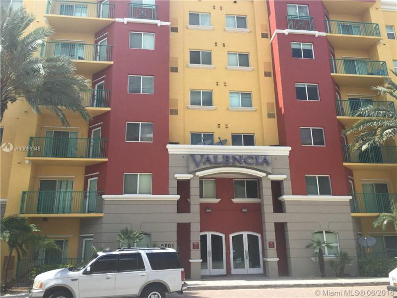 6001 70th St  Unit 117, South Miami, FL 33143