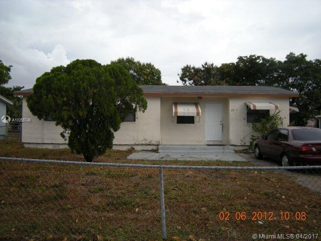 1423 Holly height drive , Fort Lauderdale, FL 33304