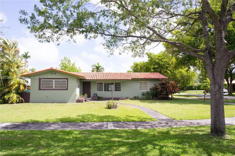 404  Swan Ave , Miami Springs, FL 33166-3931
