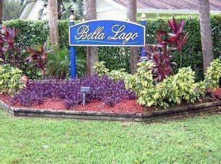 421 104  Executive Center Dr  Unit 104, West Palm Beach, FL 33401-2958