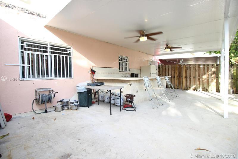 7688 NW 182nd Ter 102, Hialeah, FL, 33015