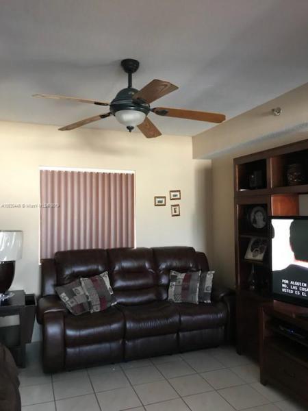 10901 W Okeechobee Rd  Unit 201, Hialeah Gardens, FL 33018-8101