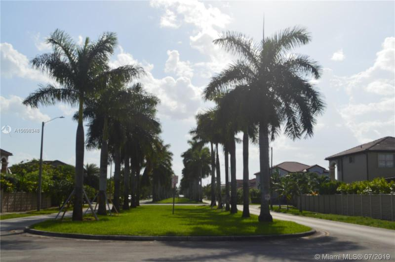 18480 NW 91st Ct, Hialeah, FL, 33018