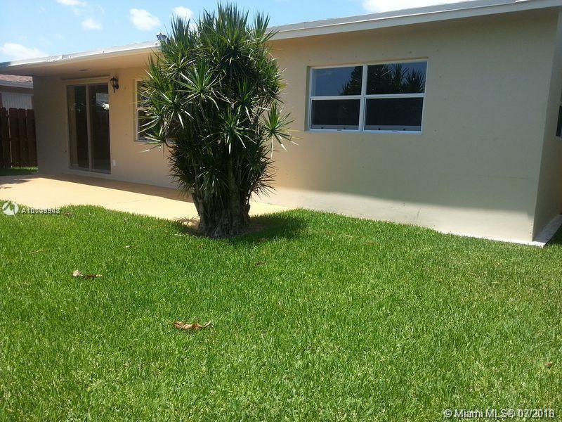 880 SW 63rd Way, North Lauderdale, FL, 33068