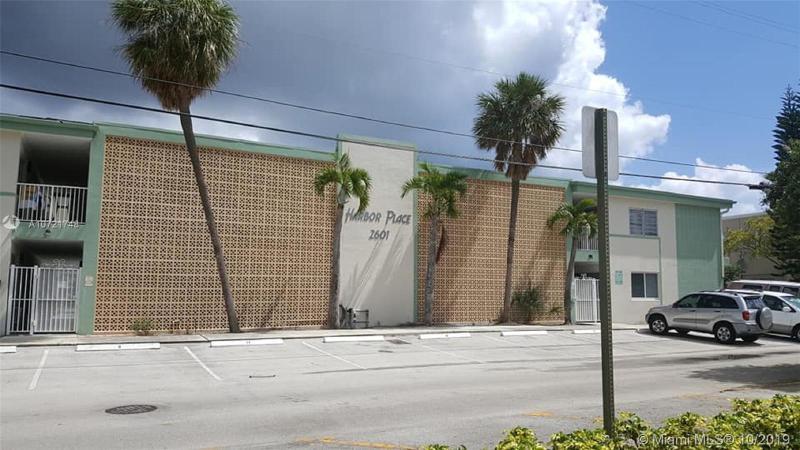 2601 NE 1st St,  Pompano Beach, FL
