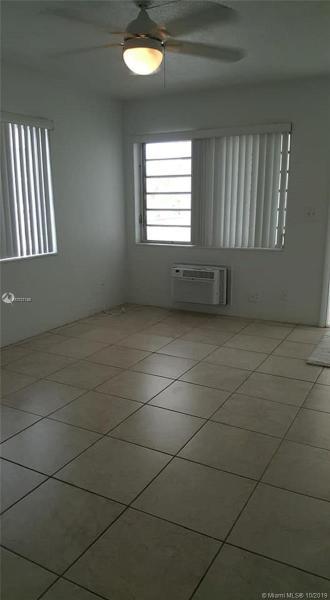 2601 NE 1st St 17, Pompano Beach, FL, 33062