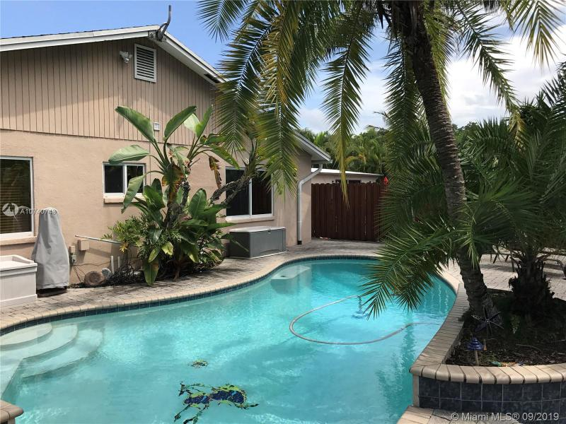 1733 NE 3rd Ave 1, Fort Lauderdale, FL, 33305