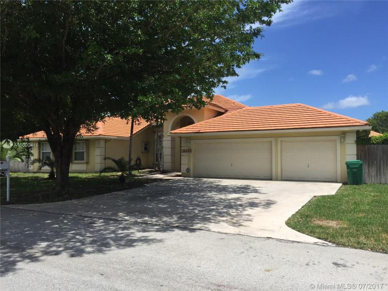 7533 190th St , Cutler Bay, FL 33157