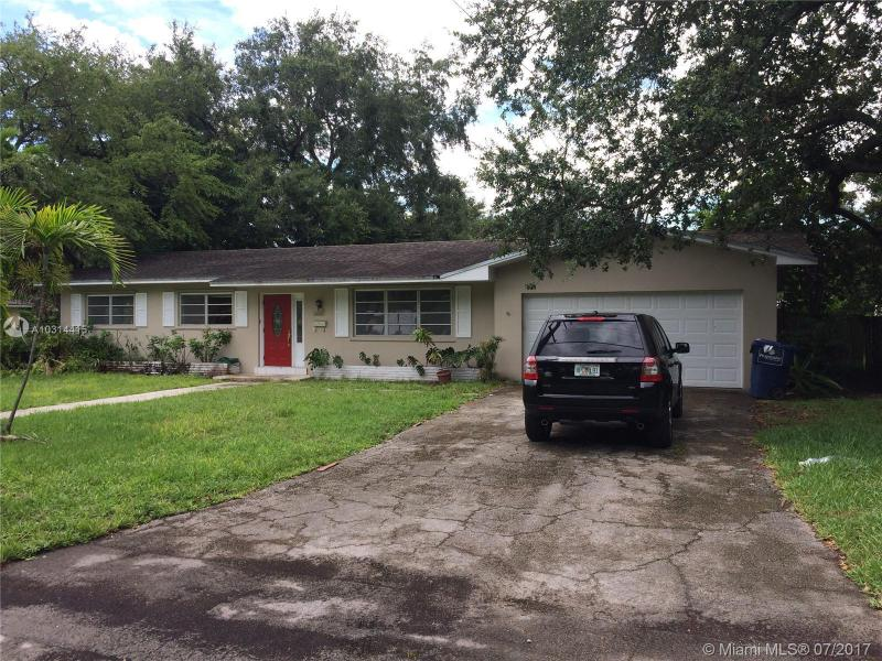1329 Westward Drive , Miami Springs, FL 33166