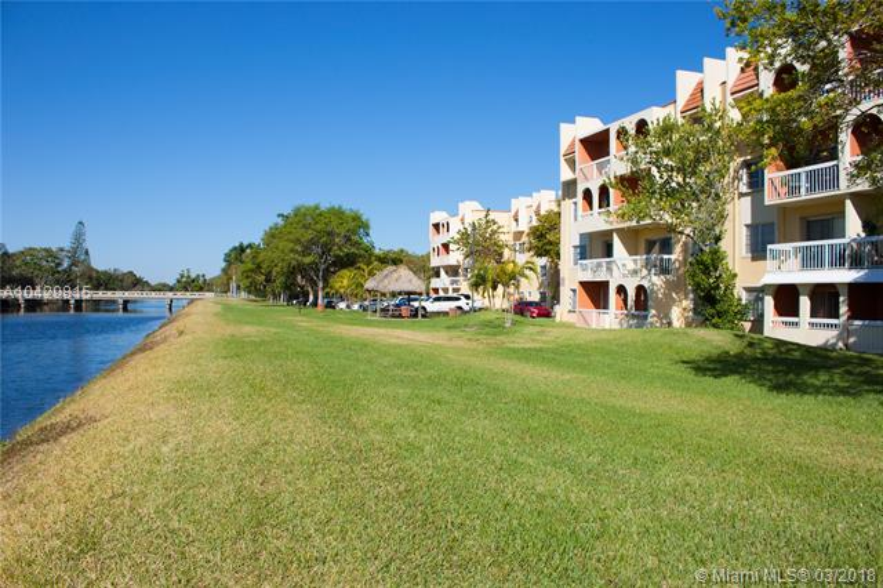 Imagen 8 de Townhouse Florida>Miami>Miami-Dade   - Sale:155.000 US Dollar - codigo: A10429815
