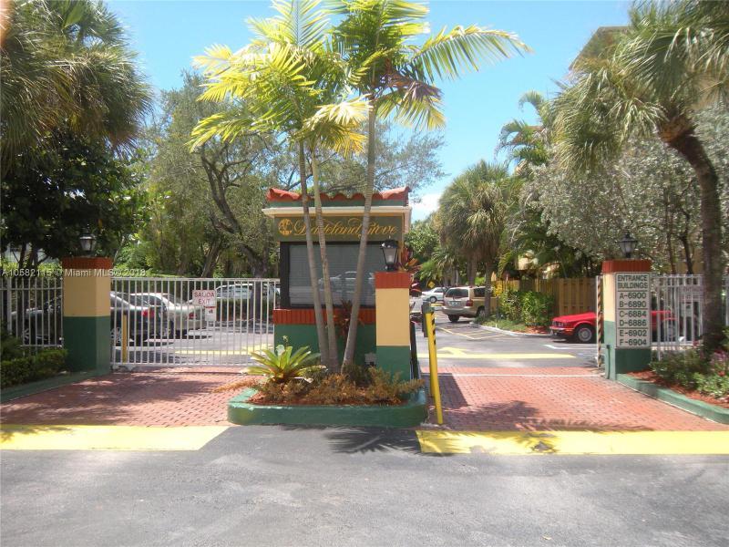 6890 N Kendall Dr  Unit 0, Pinecrest, FL 33156-1583
