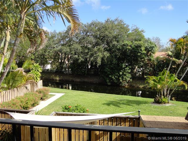 517 5th Court, Palm Beach Gardens FL 33410-