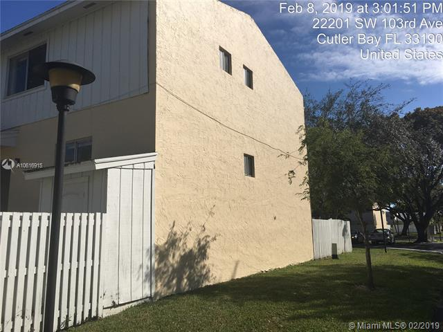 22201 SW 103rd Ave  Cutler Bay, FL 33190-1421 MLS#A10616915 Image 4