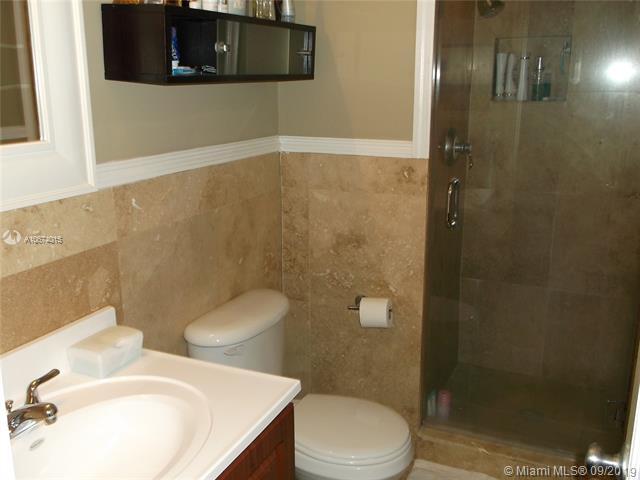 1240 S Alhambra Cir, Coral Gables, FL, 33146