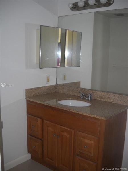 7601 E Treasure Dr 1416, North Bay Village, FL, 33141