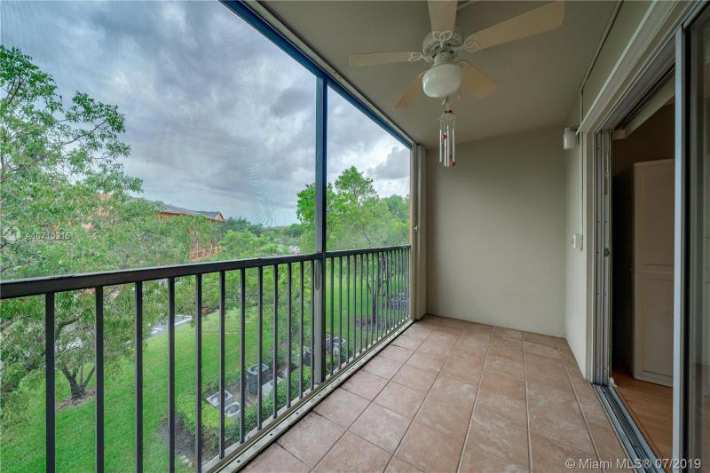571 SW 142nd Ave 305O, Pembroke Pines, FL, 33027