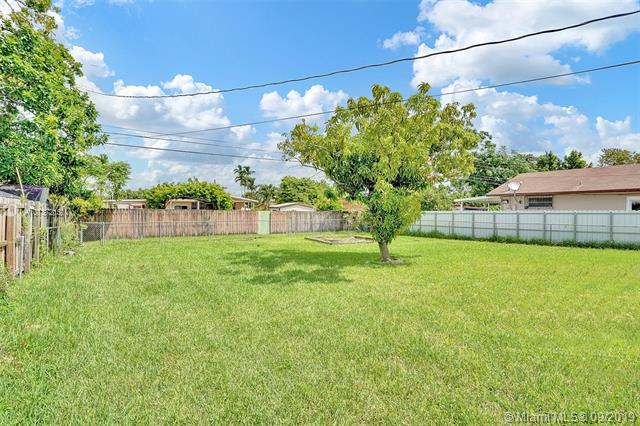 1055 W 31st St, Hialeah, FL, 33012