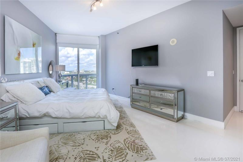16001 Collins Ave 1405, Sunny Isles Beach, FL, 33160