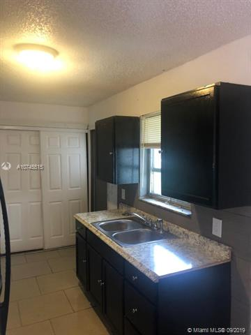 41 SW 6th Ave 1, Dania Beach, FL, 33004