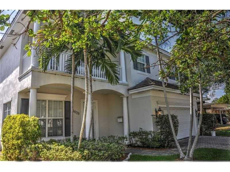 1633 18th Ave , Fort Lauderdale, FL 33305