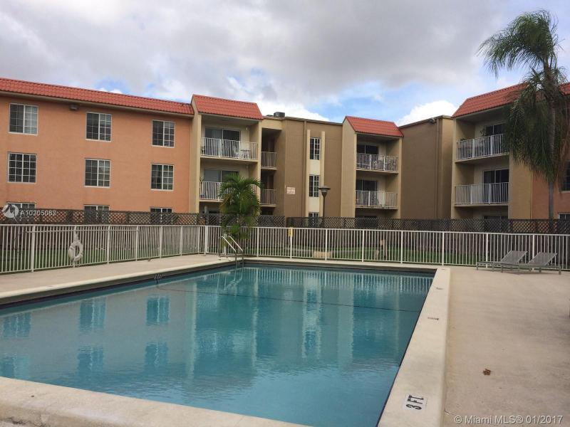 8215 Lake Dr  Unit 107, Doral, FL 33166