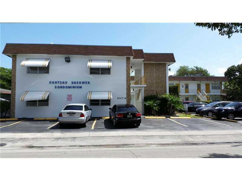 2305 Monroe St , Hollywood, FL 33020
