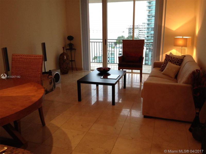 For Sale at  1155   Brickell Bay Dr #1407  Miami  FL 33131 - The Mark On Brickell - 1 bedroom 1 bath A10257182_20
