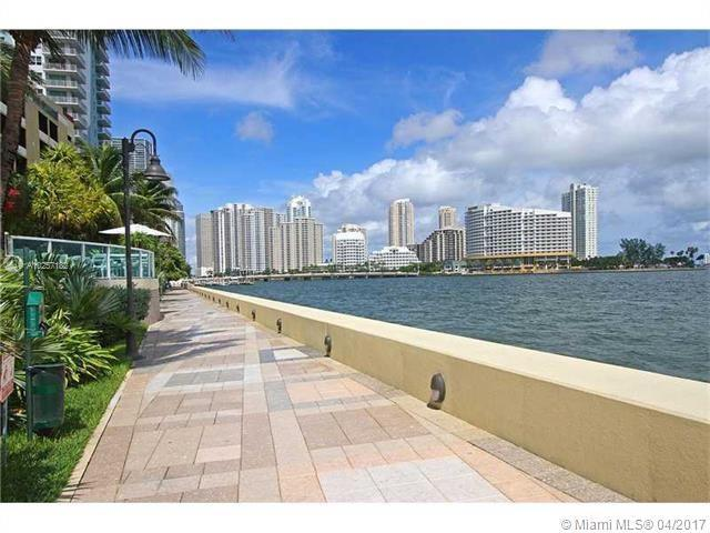 For Sale at  1155   Brickell Bay Dr #1407  Miami  FL 33131 - The Mark On Brickell - 1 bedroom 1 bath A10257182_4