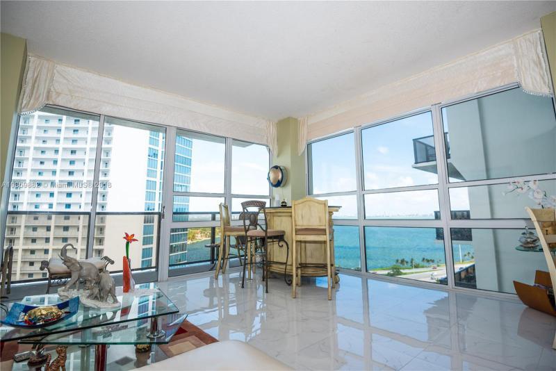 Condo/co-Op/villa/townhou En Sale En Miami-Dade  , Miami, Usa, US RAH: A10359882