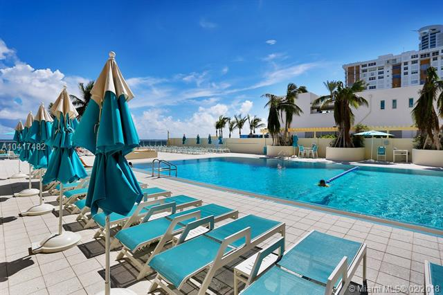Imagen 42 de Residential Rental Florida>Hollywood>Broward      - Rent:1.900 US Dollar - codigo: A10417482