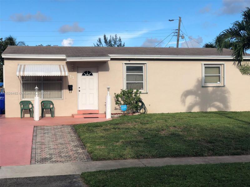 1311 N 69th Ter , Hollywood, FL 33024-5619