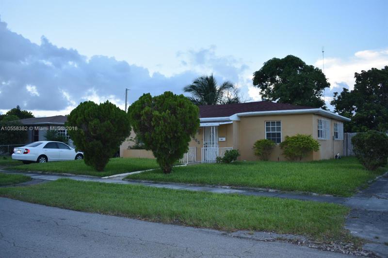 1931 184th St, Miami Gardens FL 33056-2751