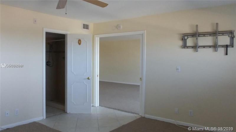 2829 NE 33rd Ct 405, Fort Lauderdale, FL, 33306