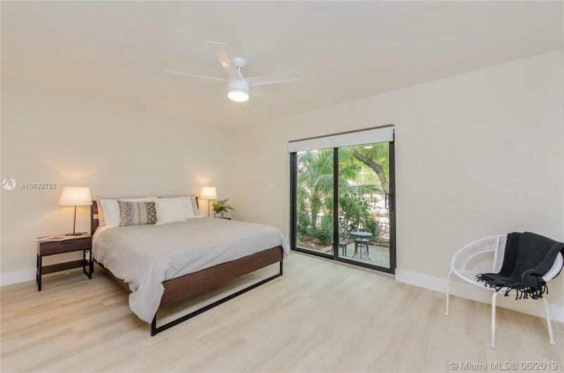 800 S Dixie Hwy 104, Coral Gables, FL, 33146