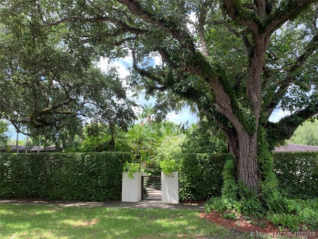 1226 S Alhambra Cir, Coral Gables, FL, 33146