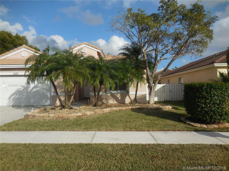 pembroke pines single parent personals For sale: 3 bed, 25 bath ∙ 1672 sq ft ∙ 1390 w golfview dr #1390, pembroke pines, fl 33026 ∙ $269,900 ∙ mls# a10494764 ∙ looking for that perfect million dollar view.