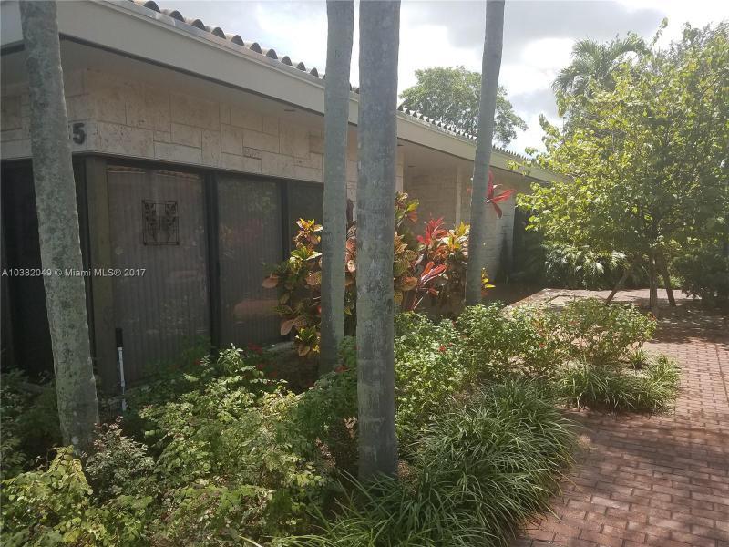 1110  Brickell Ave  Unit 710, Miami, FL 33131-3132