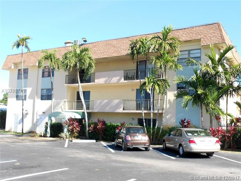 9020 3C NE 8th Ave  Unit 3, Miami Shores, FL 33138-3281