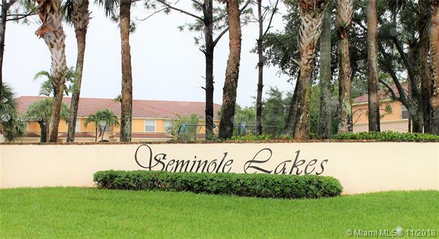 Seminole Lakes & Townhomes Sem