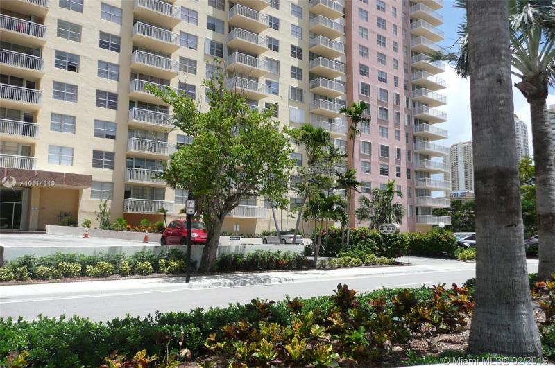 251 174th St 217, Sunny Isles Beach, FL, 33160