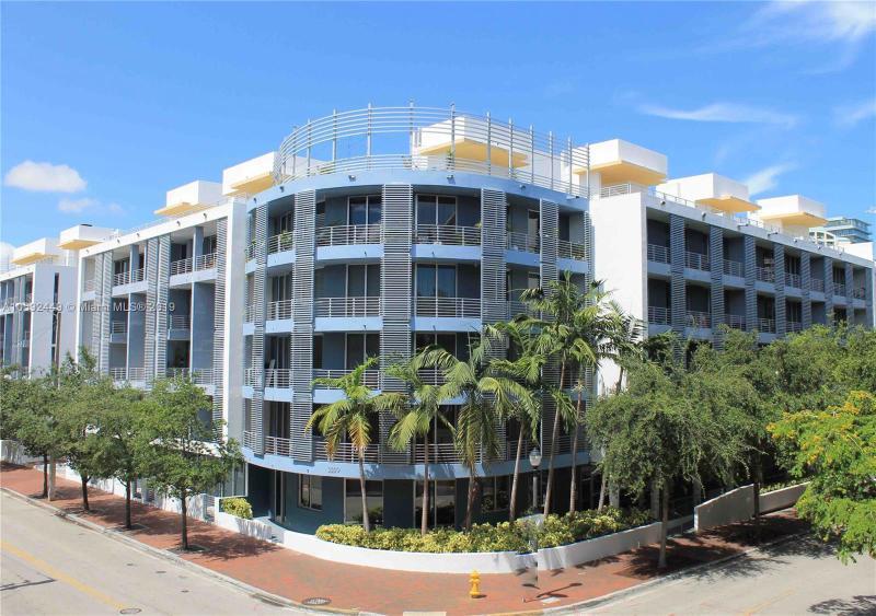 2740 SW 28 TE  Unit 406, Coconut Grove, FL 33133-3753