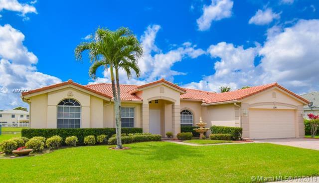 204 Park Road, Royal Palm Beach FL 33411-