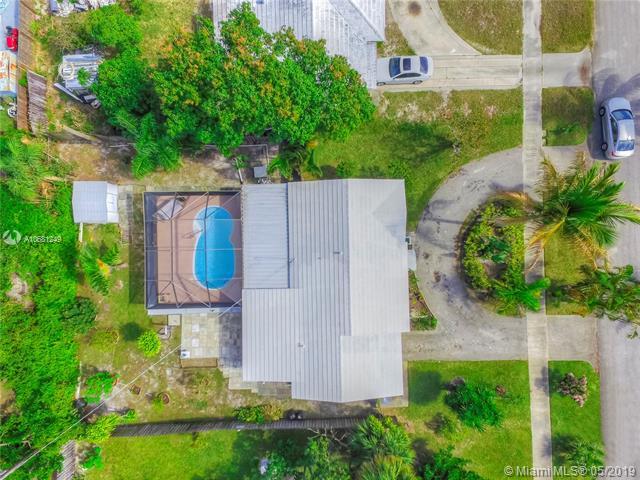 745 Hawthorne Dr, Lake Park, FL, 33403