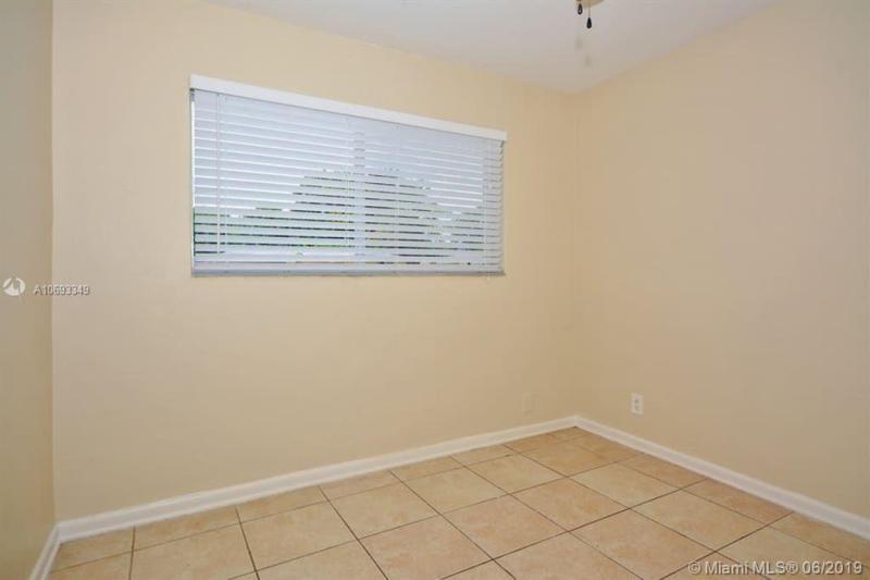 3560 Jackson Blvd, Fort Lauderdale, FL, 33312