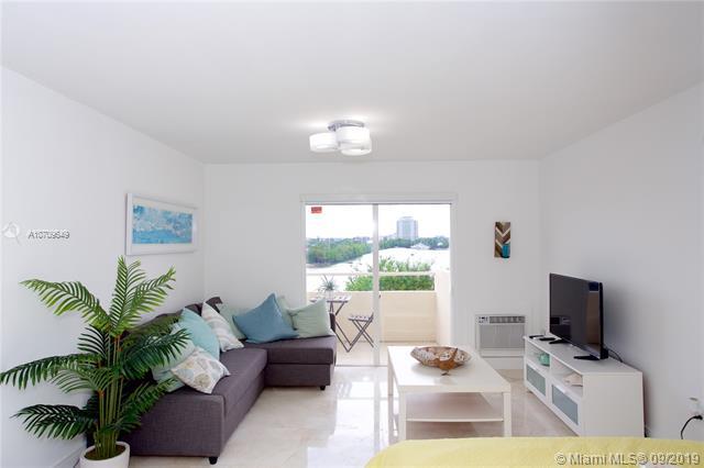 7904 West Dr 305, North Bay Village, FL, 33141